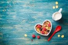Breakfast-Healthy_ThinkstockPhotos-483038462